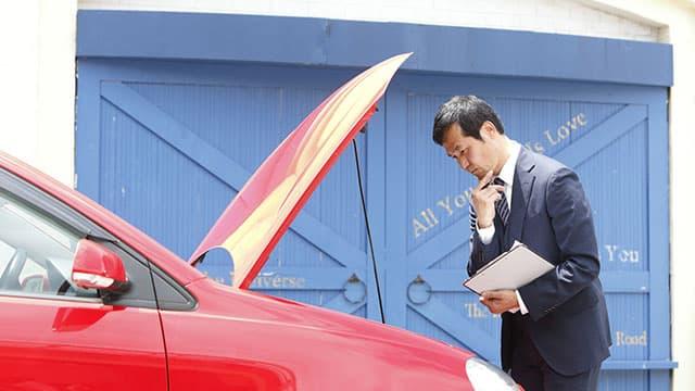 車の査定士が見ている買取のポイントとは?