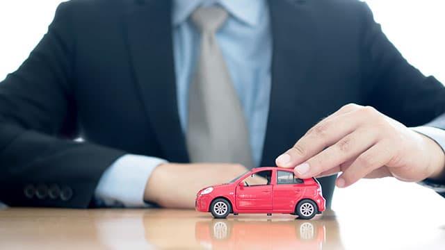 選ばれるからには理由がある。オークション代行で車を売るメリット