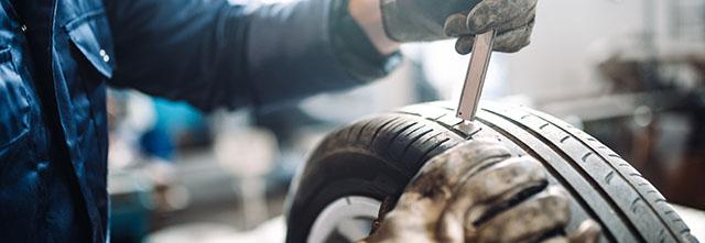 車を売るときにタイヤが査定に与える影響とは?スタッドレスタイヤはプラス査定!?