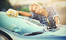 車査定前に役立つ洗車グッズ5選! 洗車で買取額アップ!?