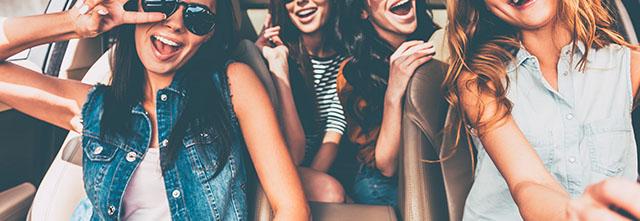 車を友人や知人に売却・譲渡するときの注意点